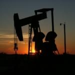 WTI原油70ドルが目前!100ドルの原油見通しも?